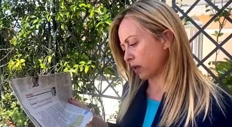"""L'odio del Fatto contro Meloni: """"Se i partigiani con lo schioppo..."""""""