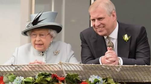 Brutto colpo per il figlio prediletto della regina. Ora lo cancellano pure dalla rete