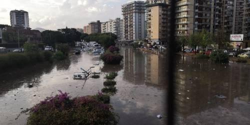 Nubifragio, Palermo in tilt: e nei sottopassi muoiono annegate 4 persone 6