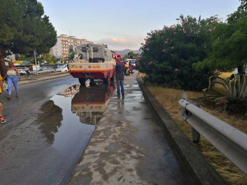 Nubifragio, Palermo in tilt: e nei sottopassi muoiono annegate 4 persone 9