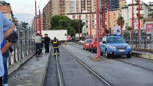 Nubifragio, Palermo in tilt: e nei sottopassi muoiono annegate 4 persone 16