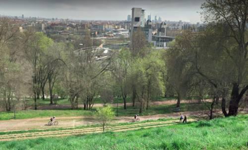 Milano, portava il cane al parco: 45enne aggredita e stuprata