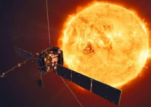 Solar Orbiter, sonda svela per la prima volta il Sole e i suoi falò
