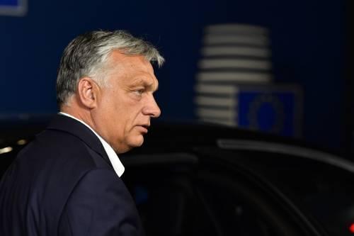 """Orban sfida i """"ricatti"""" europei: ora guida la rivolta contro l'Ue"""