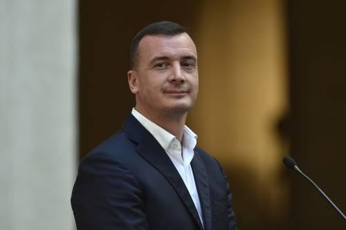 """Bordate di fuoco tra Rocco Casalino e Filippo Facci: """"Non sai quanto io ti disprezzi"""""""