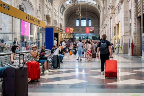 Treni, dietrofront del governo e in Centrale scoppia il caos