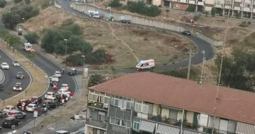 Un inferno a Catania: urla e spari per strada. A terra due cadaveri