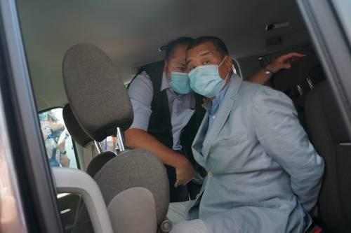 """Scure cinese su Hong Kong. Arrestato il re degli editori. """"Addio libertà di stampa"""""""