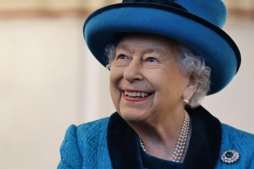 La regina Elisabetta dice addio a Buckingham Palace. L'annuncio ufficiale spiazza i sudditi