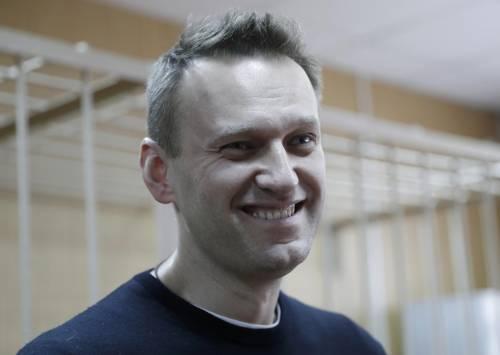 """La Merkel accusa Putin: """"Navalny avvelenato. Ha Novichok nel sangue"""""""