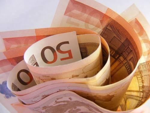 Per avere 3.000 euro sul conto corrente ci tolgono i contanti per i caffè