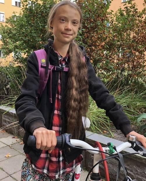 """Greta Thunberg torna a scuola: """"Finito il mio anno sabbatico"""""""