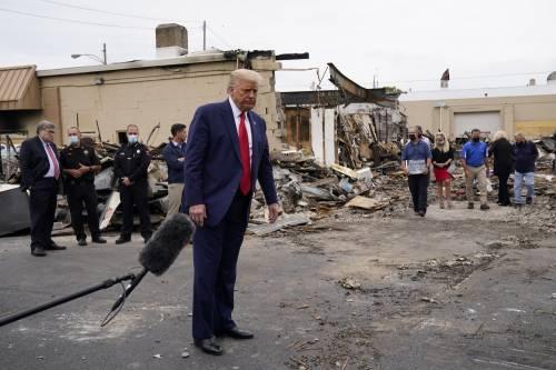 """Trump attacca il sindaco di Kenosha e difende la polizia: """"Sta con gli anarchici, è stupido"""""""