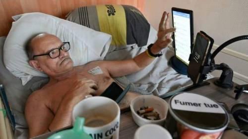 """""""Eutanasia negata"""": il malato terminale vuol morire in diretta Facebook"""