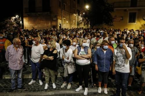 """Fiaccolata in ricordo di Willy Monteiro: """"Rabbia e vendetta non appartengono a questa comunità"""" 7"""