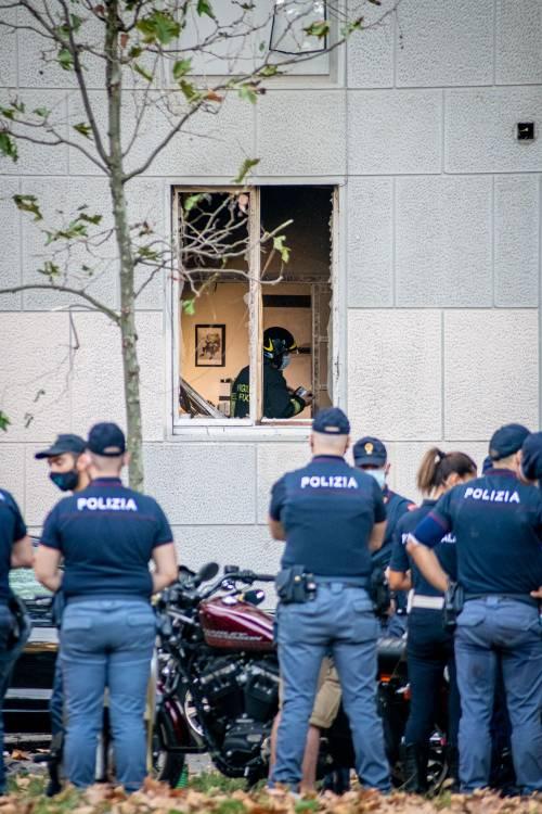 Milano, violenta esplosione in un condominio in piazzale Libia 4