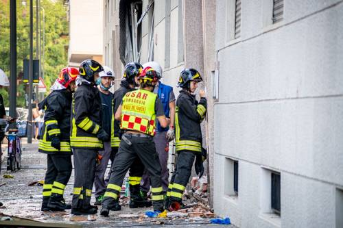 Milano, violenta esplosione in un condominio in piazzale Libia 6