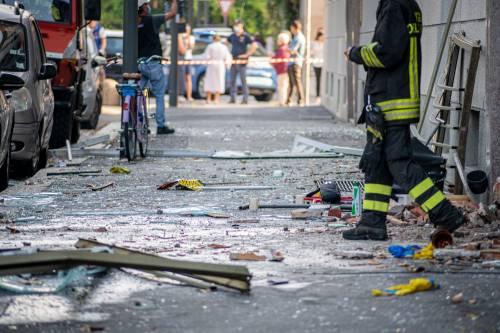 Milano, violenta esplosione in un condominio in piazzale Libia 7