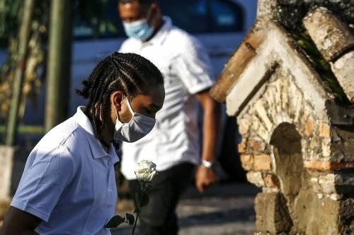 I funerali di Willy al campo sportivo di Paliano 8