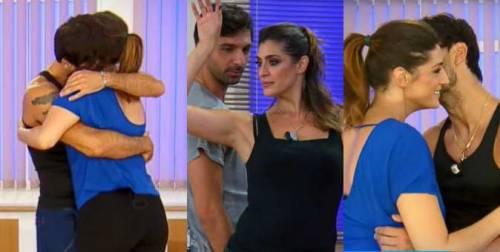 """Todaro e Elisa Isoardi infiammano la pista: """"Non abbiamo fatto nulla"""". Ma quanti baci alle prove"""