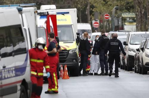 Parigi, quattro persone accoltellate vicino all'ex sede di Charlie Hebdo