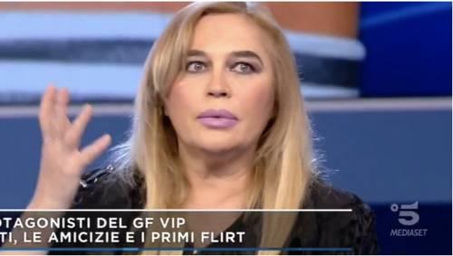 """Lory Del Santo rivela: """"La fidanzata di Morra in realtà è una sua amica"""""""