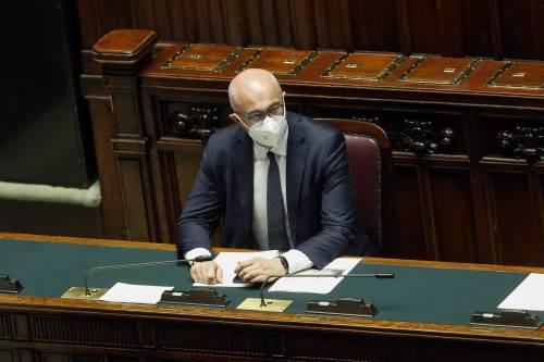 Votazioni a rischio Covid, slitta la fiducia alla Camera