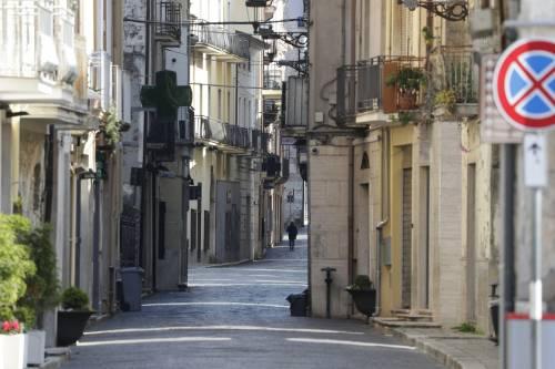 """Zone rosse e Regioni chiuse: l'autunno dei """"mini lockdown"""""""