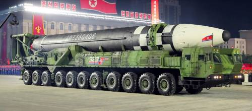 Il nuovo missile di Kim Jong-un, spiegato