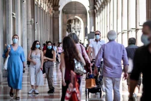 Nuove misure in Lombardia: coprifuoco e autocertificazione