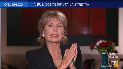 """""""Vi tolgo l'audio anche da casa"""": così Lilli Gruber silenzia Scanzi e Cacciari"""