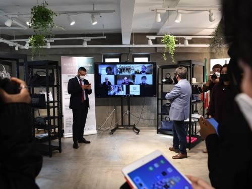 Pelletteria italiana a Seoul con il Silent Mipel Showroom