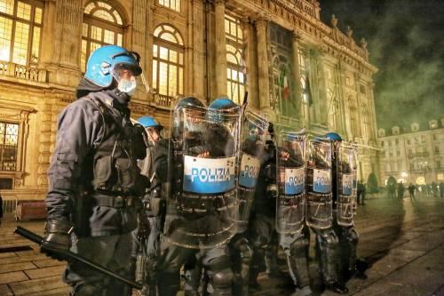 Alta tensione in piazza: disordini a Torino e Milano 2