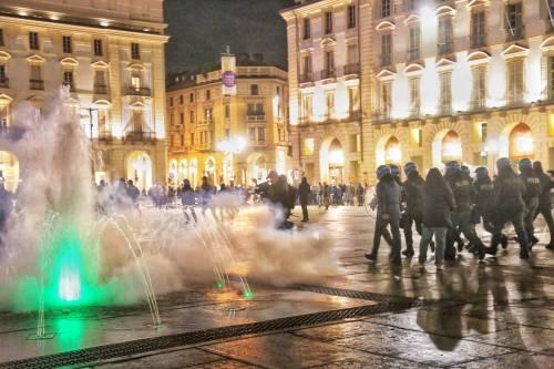 Alta tensione in piazza: disordini a Torino e Milano 4