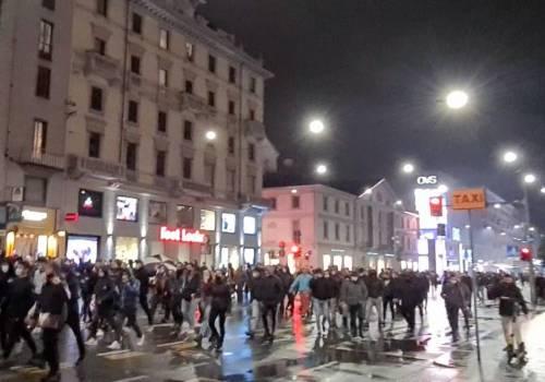 Alta tensione in piazza: disordini a Torino e Milano 9