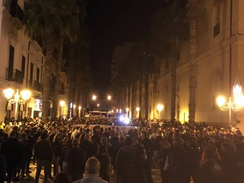 Taranto, la manifestazione anti-lockdown 5