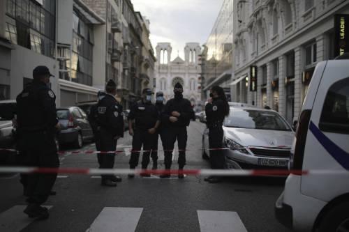 """""""L'ho visto qui domenica scorsa"""". Le ultime ore del jihadista di Nizza"""