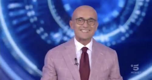 """Gf Vip, l'incoraggiamento di Alfonso Signorini in tempo di quasi lockdown: """"Noi ce la feremo"""""""