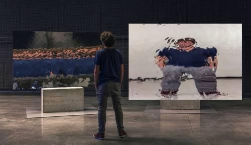 """Il giro del mondo in 50 passi, a Malpensa il """"viaggio-ritratto"""" coinvolgente di Daniele Sigalot"""