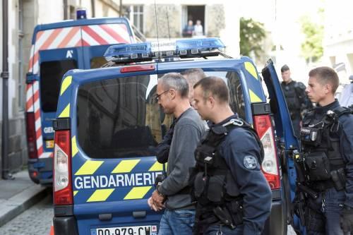 Schiaffo di Parigi all'Italia: no all'estradizione dell'ex Black Bloc Vincenzo Vecchi