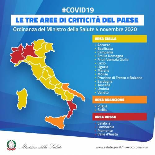 Cartina Del Veneto E Friuli.La Folle Mappa Del Covid Oggi Gialli Domani Rossi Ilgiornale It