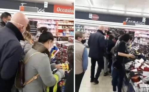 La folle corsa per le scarpe di Lidl Cosa è successo al supermercato