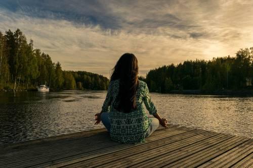 Yoga, dieci posizioni per principianti da imparare subito