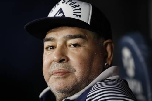 L' avvocato di Maradona |   L' ambulanza ha tardato |  chiedo un' indagine