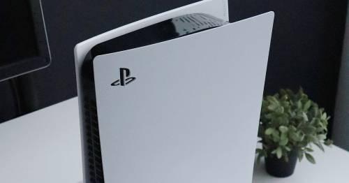 Playstation 5, una strana macchia appare sulla scocca
