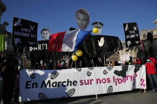 Manifestazioni e incidenti in Francia: le immagini delle proteste 2