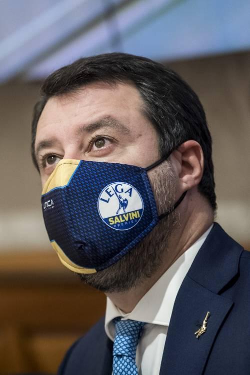 """Libia, Salvini attacca il governo: """"Non vorrei che smania Casalino rovini tutto"""""""