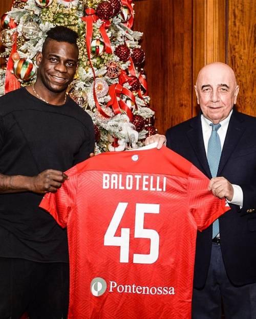 Balotelli è un giocatore del Monza: accordo da 400.000 euro fino a giugno