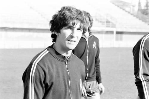 """Se per tutti noi Pablito è """"megl 'e Pelé"""" e di Maradona"""