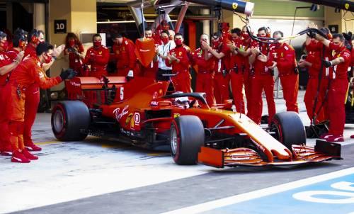 Vettel, addio alla Rossa cantando Azzurro